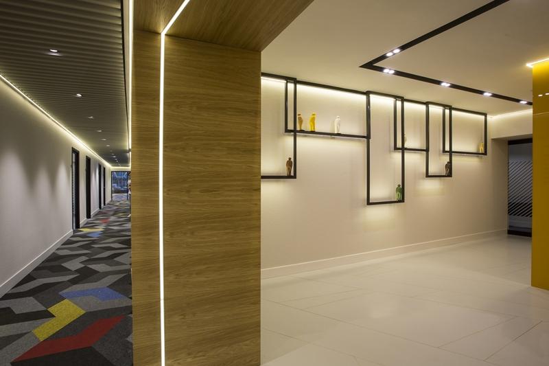 Lobby Corridor 03