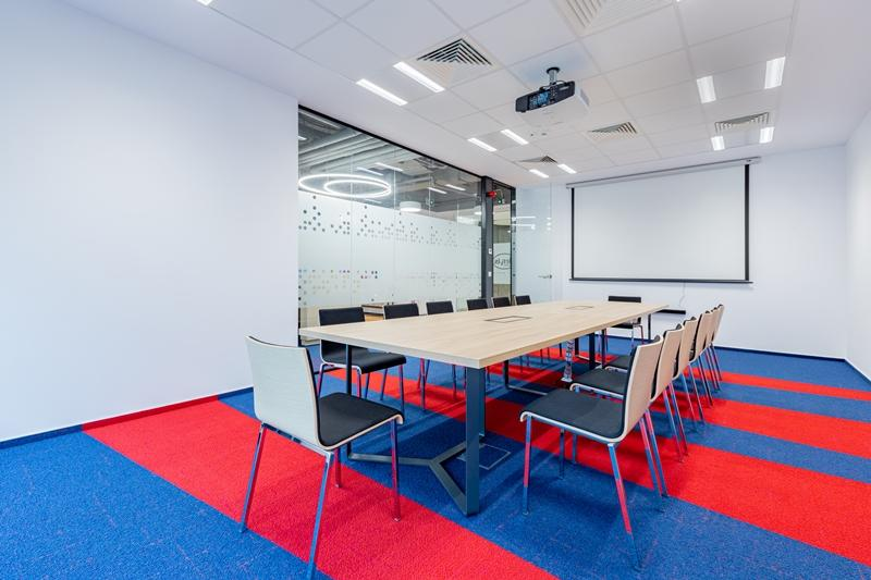 HERVIS OFFICE HQ @ EXPO BUSINESS PARK (02)